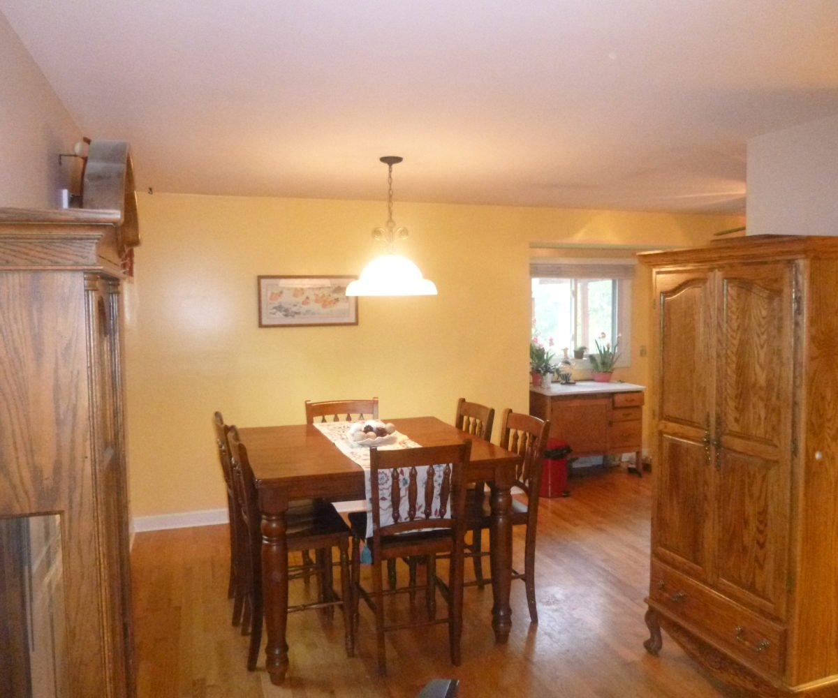 2921 Williams Drive Woodridge IL Dining Room