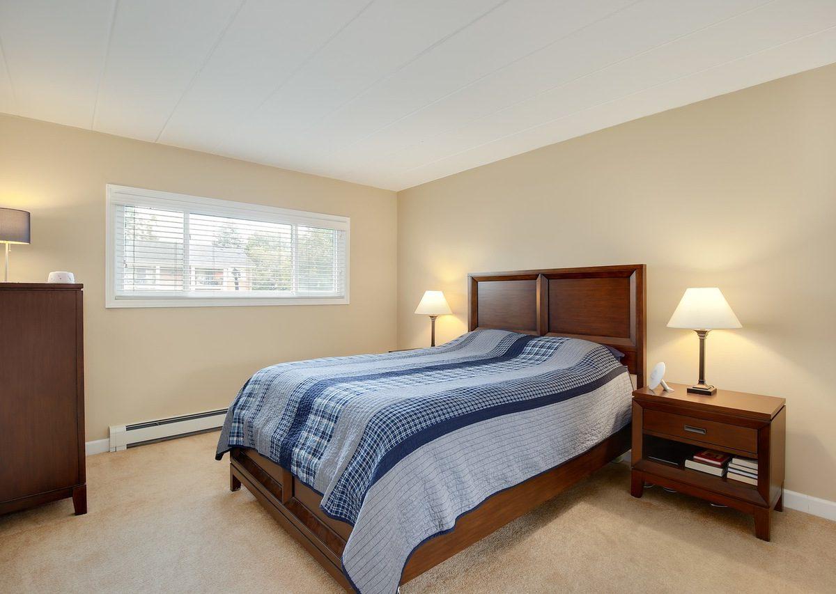 1000 S. Lorraine Apt 101 Wheaton IL Master Bed