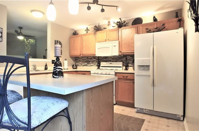 66 West Big Horn Drive Hainesville IL Kitchen