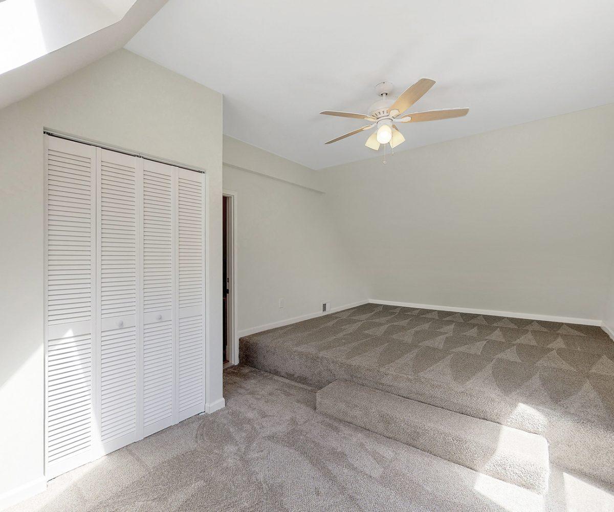 David Harney Real Estate 25868 Simon Ct Antioch IL Loft
