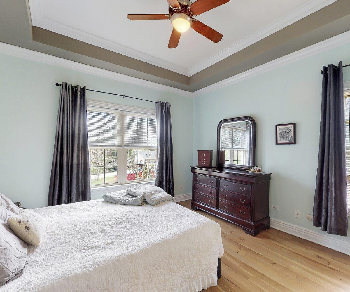 David Harney Real Estate 25868 Simon Ct Antioch IL Master Bed