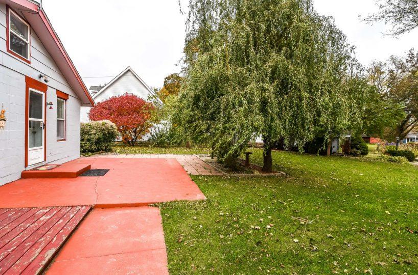 David Harney Real Estate 929 Monroe Winthrop Harbor IL Rear Exterior