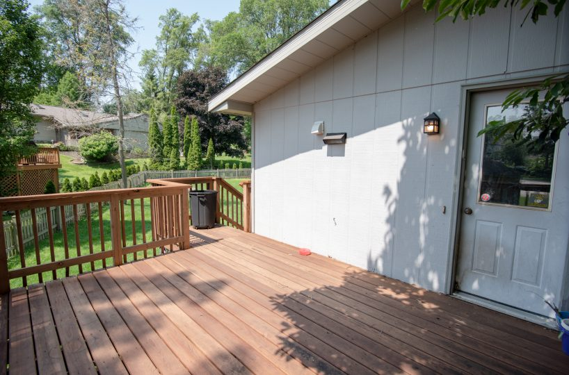 39540 Channel View Dr Antioch IL Deck David Harney Real Estate