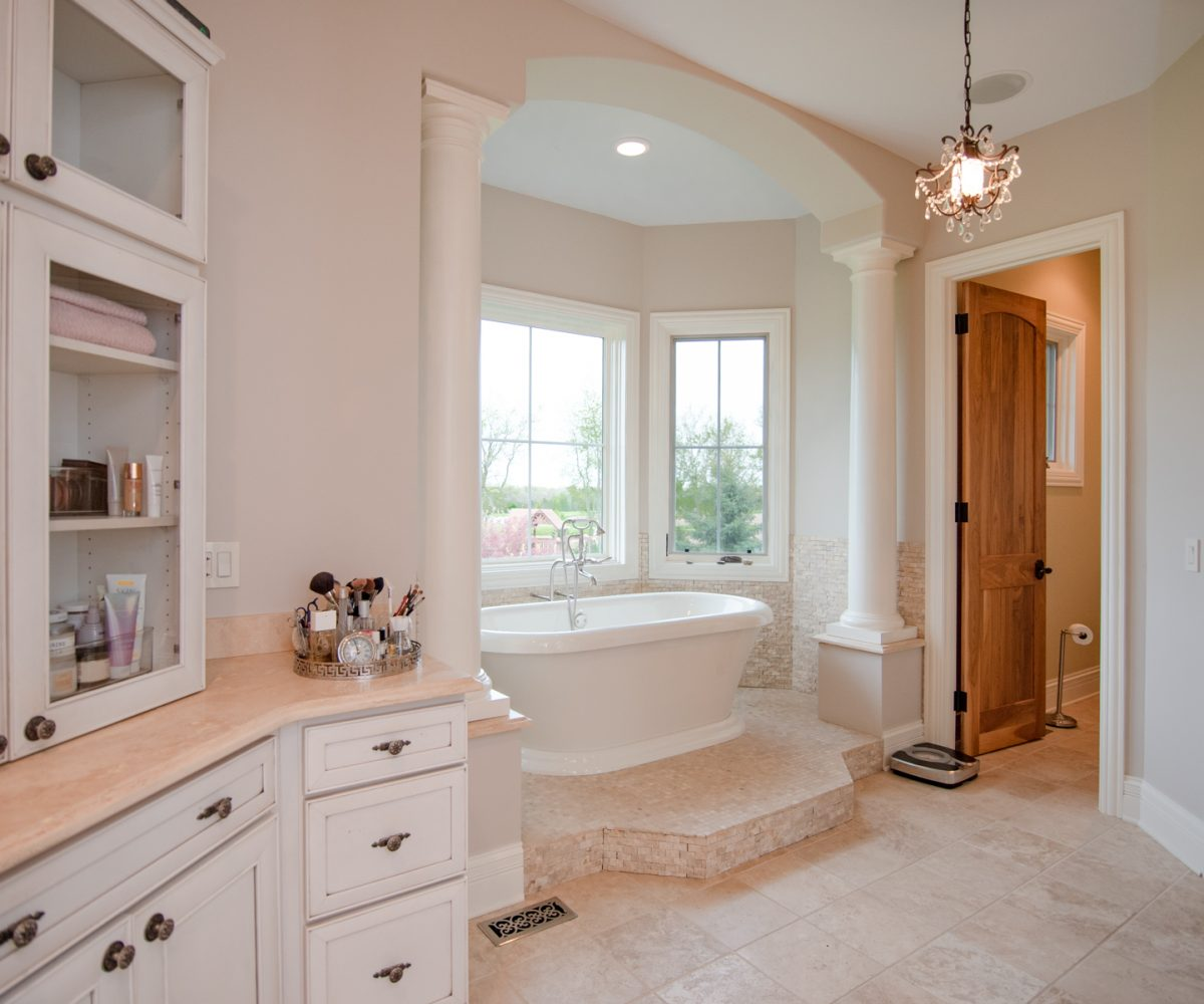 2641 Sanctuary Long Grove IL David Harney Real Estate Master Bath