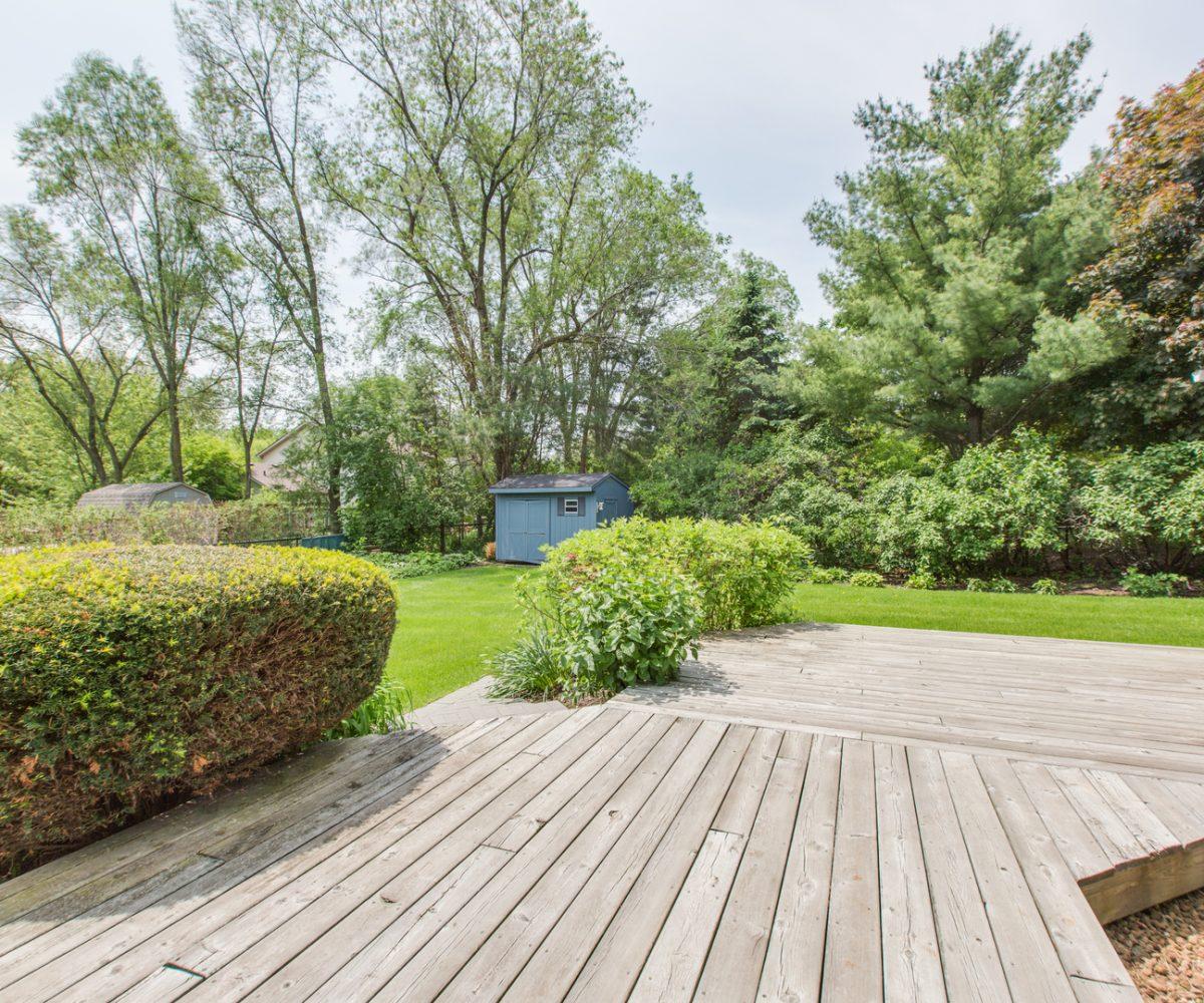 4907 Lake Dawnwood David Harney Real Estate Johnsburg IL Back Deck