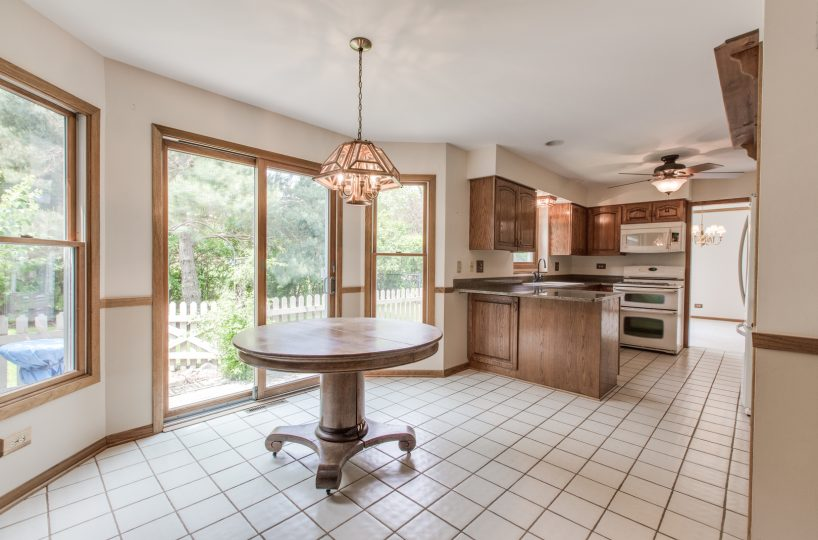 4907 Lake Dawnwood David Harney Real Estate Johnsburg IL Nook