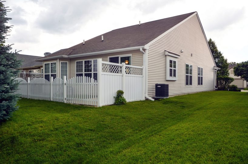 David Harney Real Estate 13219 Cedarcrest Huntley IL Back Deck2