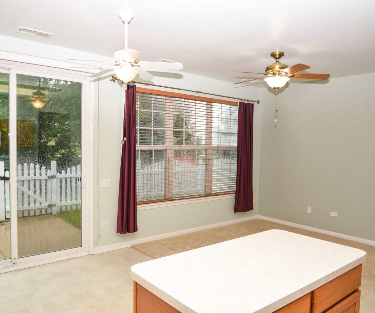 David Harney Real Estate 13219 Cedarcrest Huntley IL Nook