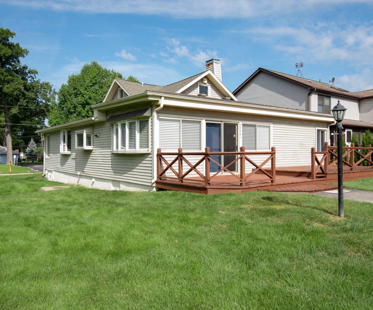 David Harney Realtor 42401 N Park Ln Antioch IL 60002 Front Exterior