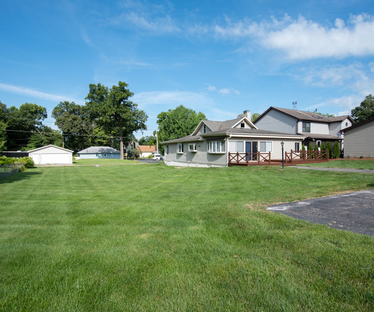 David Harney Realtor 42401 N Park Ln Antioch IL 60002 Front Exterior2