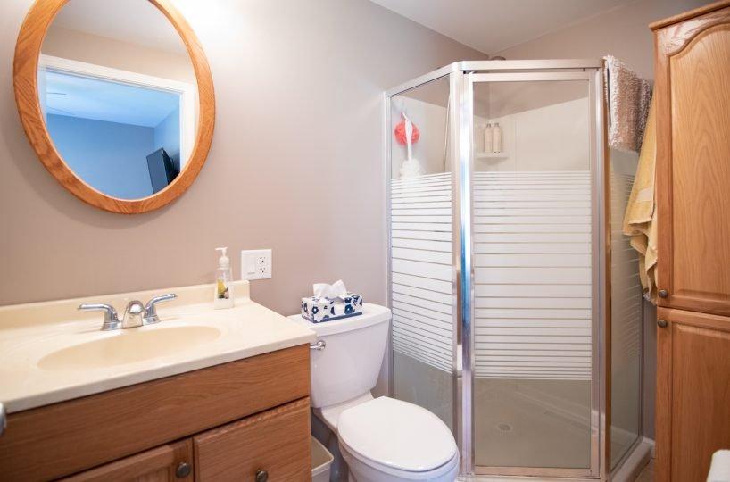 David Harney Realtor 42401 N Park Ln Antioch IL 60002 M Bath
