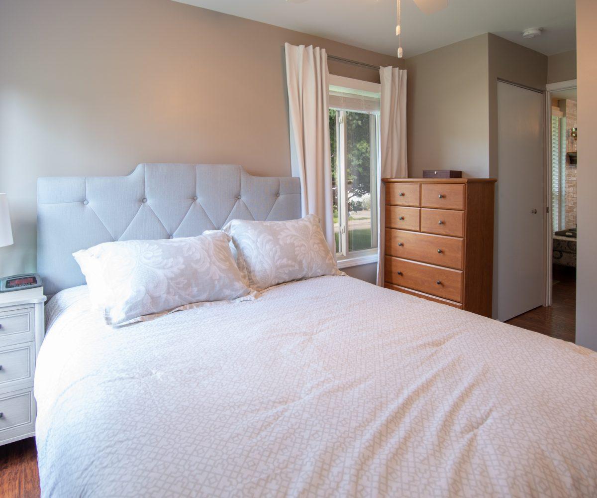 David Harney Realtor 42401 N Park Ln Antioch IL 60002 Master Bed