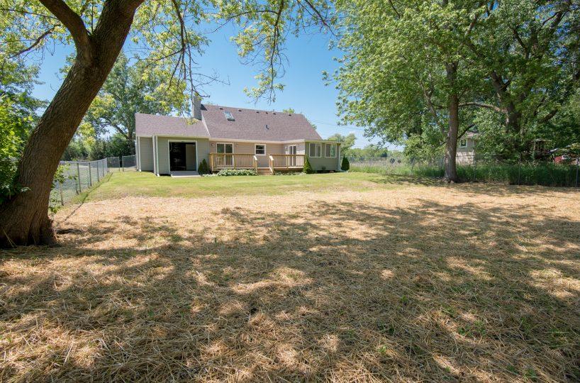 David Harney Realtor Oak Ave Antioch IL Yard2